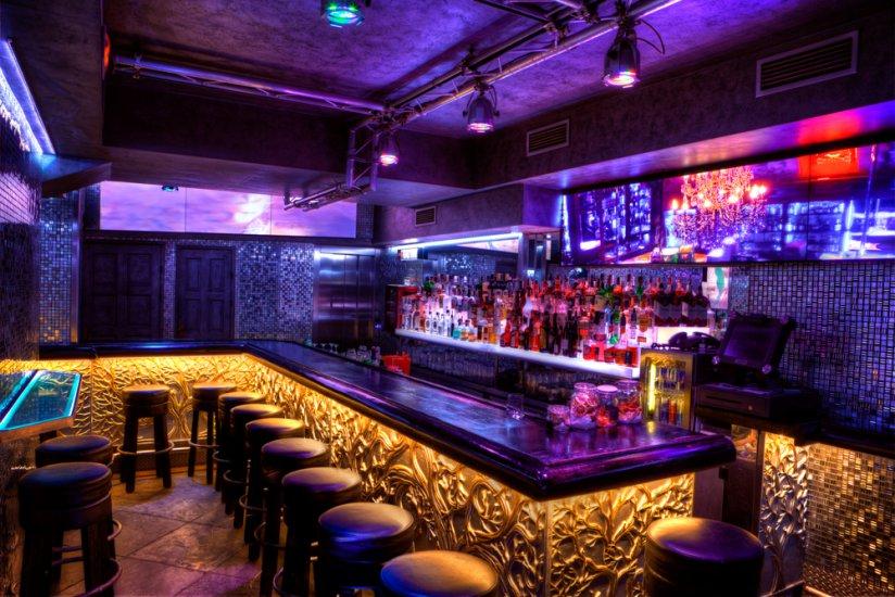 Zlat Strom Bars Pubs Amp Clubs Prague
