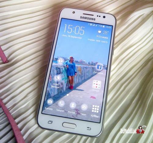 Hp Samsung Gambar Untuk Wallpaper Hp Keren