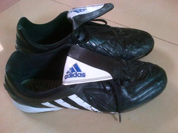 1ba1fba1b6 20+ Harga Sepatu Bola Adidas Predator Pictures and Ideas on Meta ...
