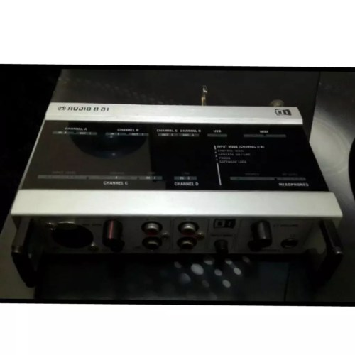 small resolution of jual soundcard traktor audio 8 native instrument