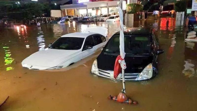 Kenapa ya Jakarta banjir terus?