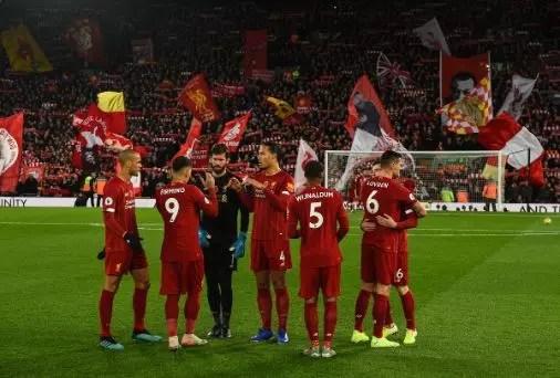Mungkinkah Liverpool Samai Rekor The Invincibles Arsenal Musim 2004??