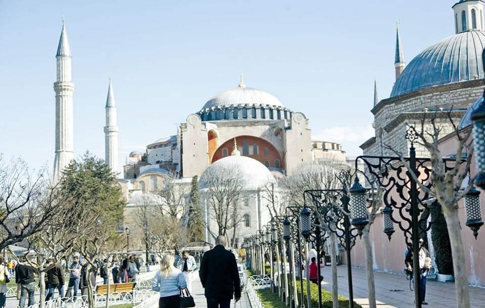 Αποτέλεσμα εικόνας για Κωνσταντινουπολίτες προς Ερντογάν: Αυτή είναι η αλήθεια για τους Έλληνες της Πόλης