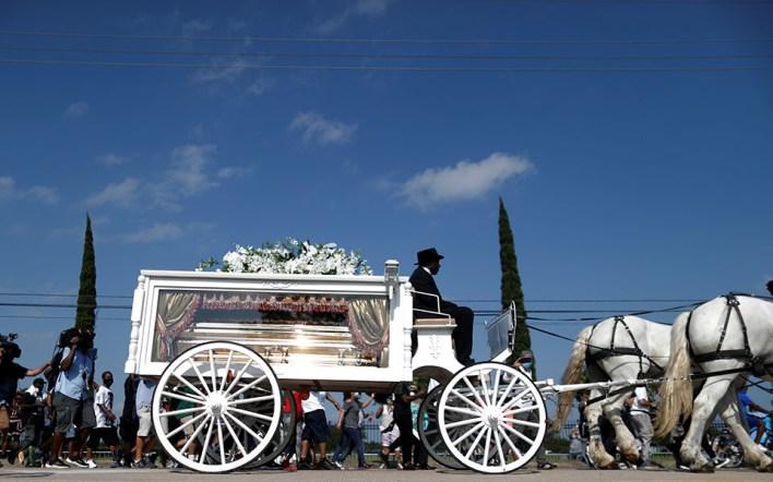 Συγκίνηση στην κηδεία του Τζορτζ Φλόιντ