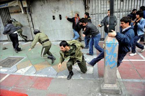 Vuelve la violencia a Irán