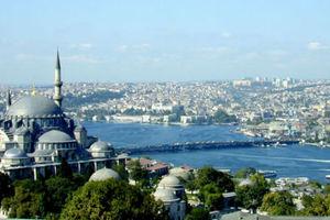 Πλήγμα για τις επιχειρήσεις της Κωνσταντινούπολης η υποτίμηση της λίρας