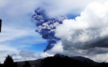 «Ξύπνησε» το ηφαίστειο Κοτοπάξι στον Ισημερινό