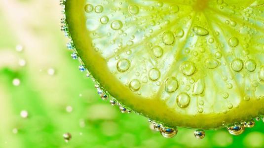 Zitrone ALS Hausmittel gegen Grippe und Erkältung