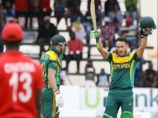 Faf du Plessis hits his 3rd century