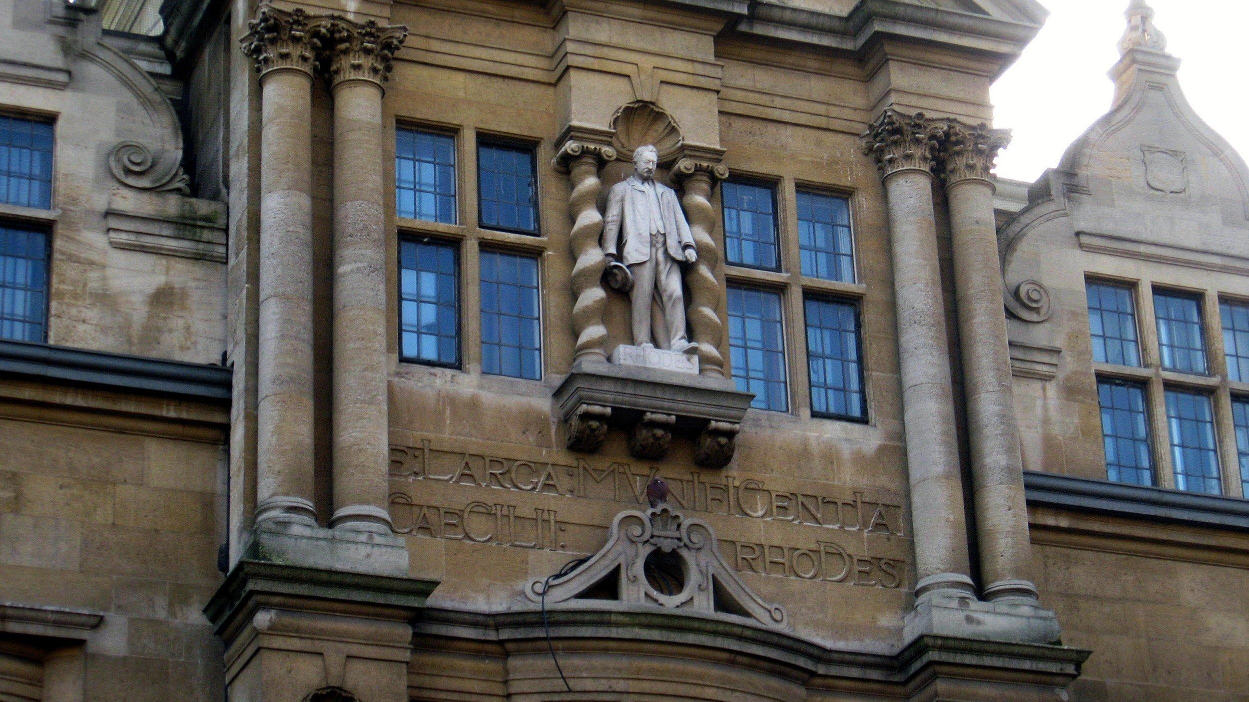 Rhodes statue in Oxford