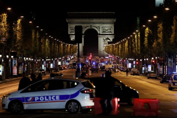 Paris Suspected Attacker Downed Champs-elyses