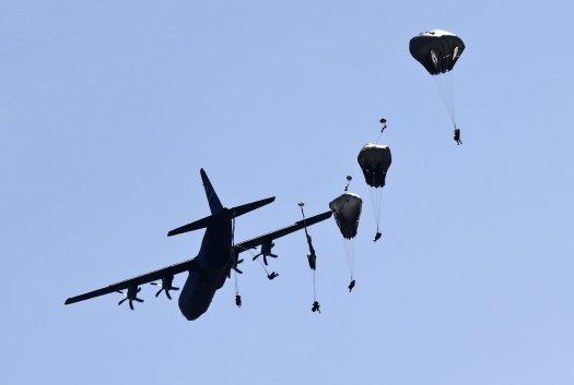 0912_Missing_paratrooper_01