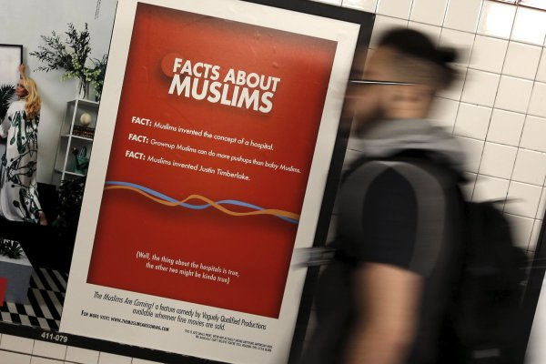 Lawsuit Muslims Coming Ads Arrive In