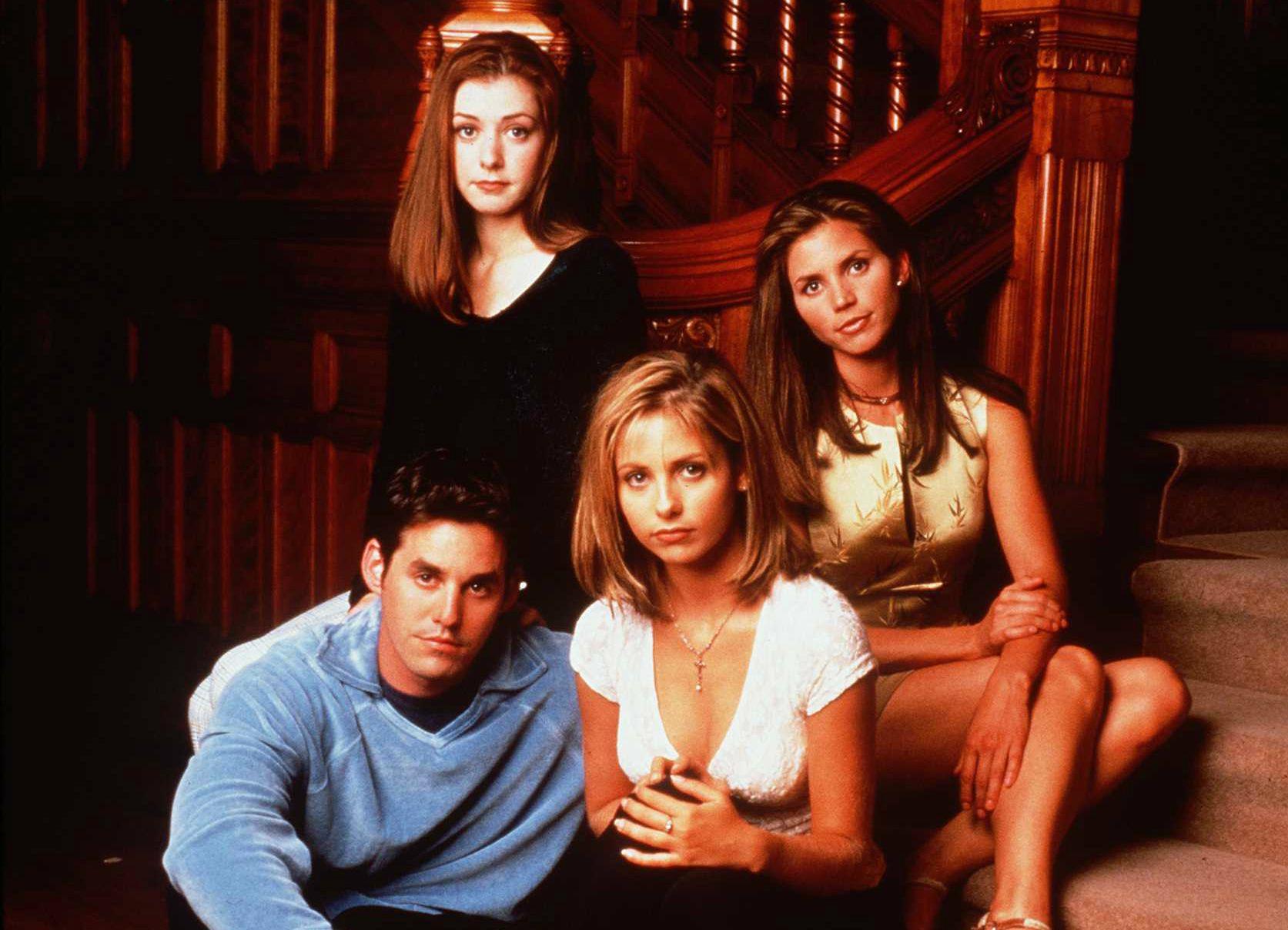 Slayer Girl Wallpaper Buffy The Vampire Slayer Turns 20 Charisma Carpenter On