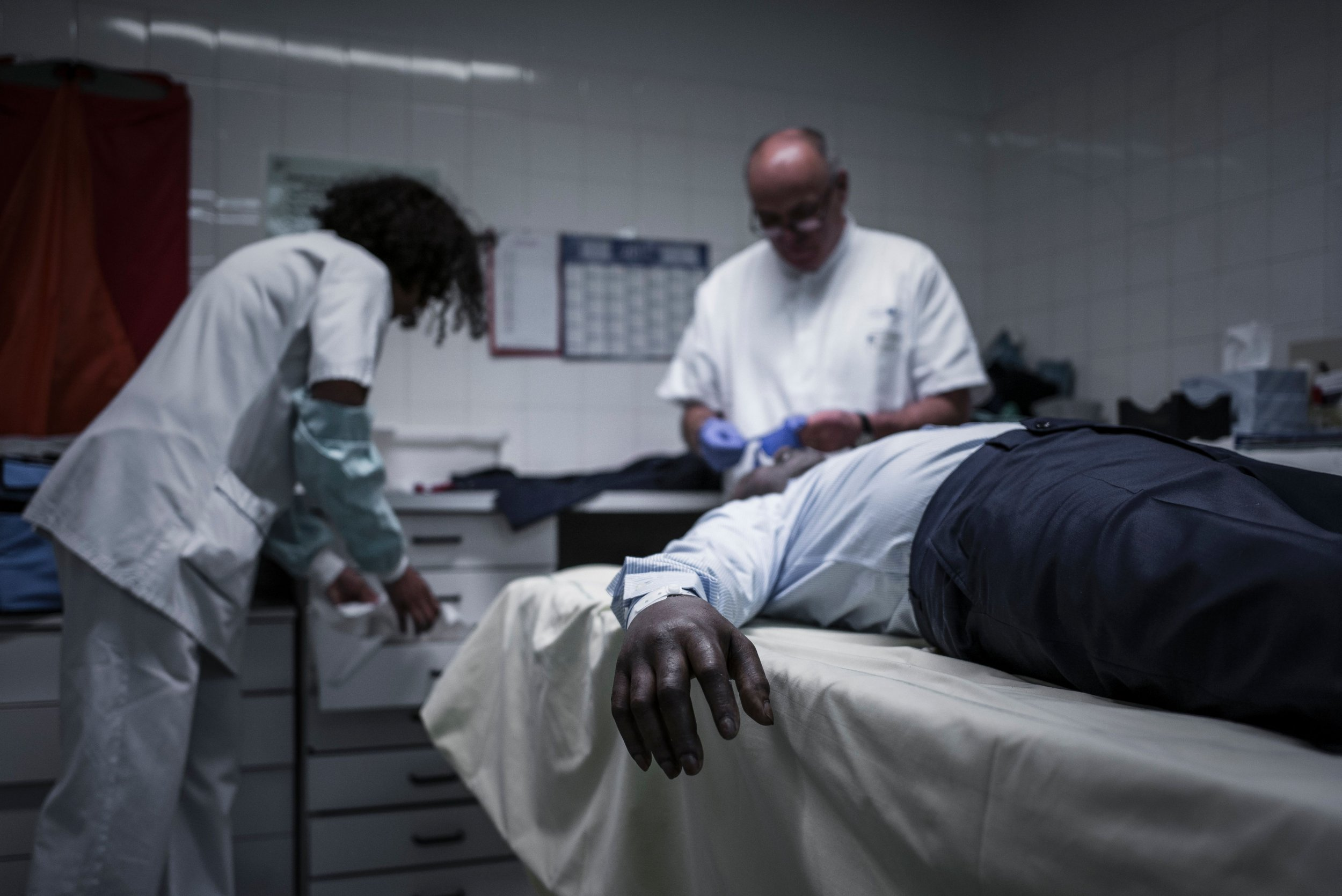 Dead Man Wakes Up on Autopsy Table Right Before Doctor Starts Procedure