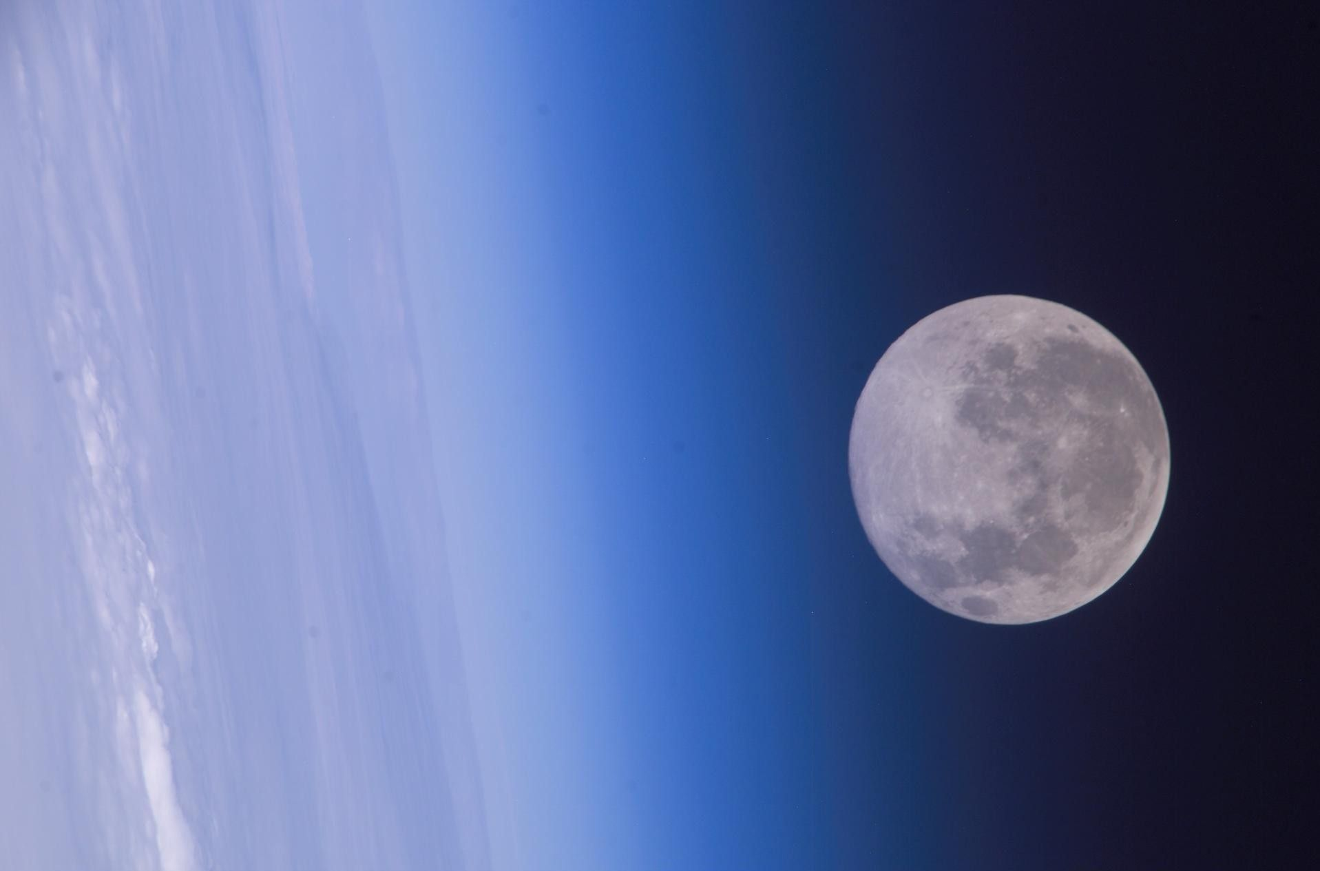 Full Moon Tonight What Is The Blue Sap Moon