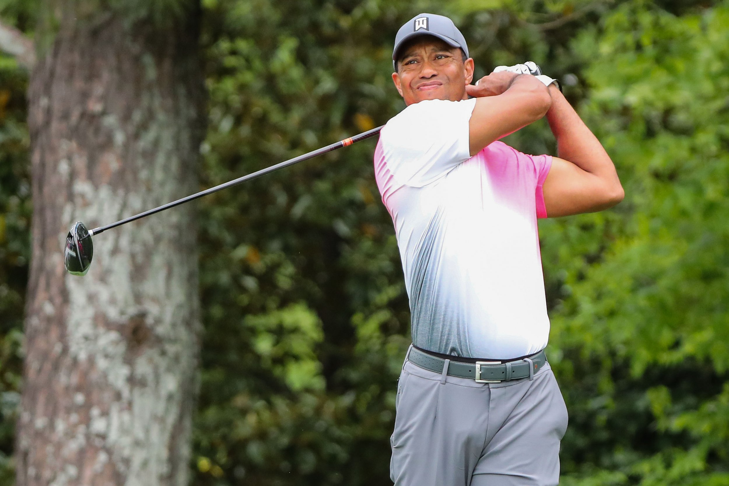 tiger woods tee time friday