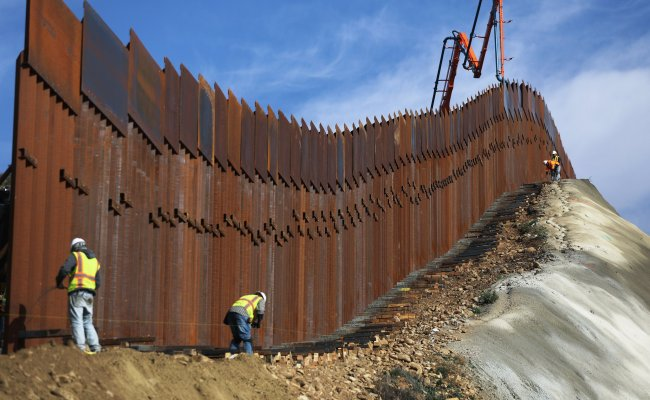 Gofundme Refunding Donors Money To Border Wall Campaign