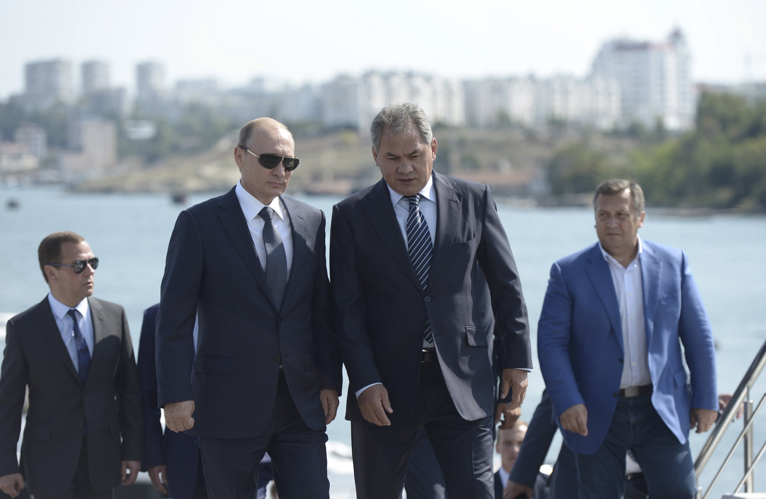 8/26_PutinWest