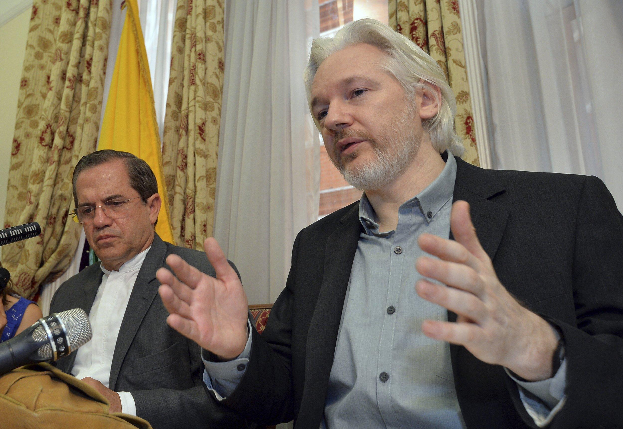 9-16-Assange