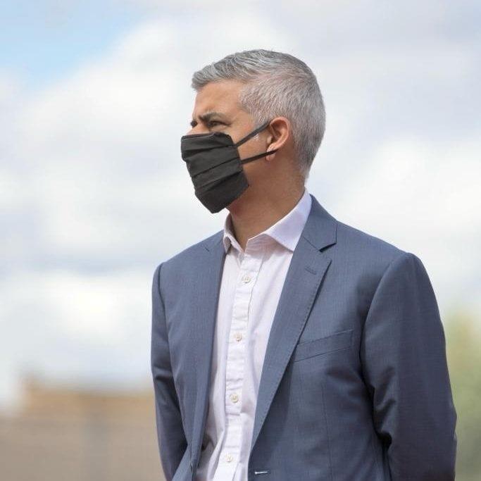 伦敦市长Sodik Khan宣布伦敦处于