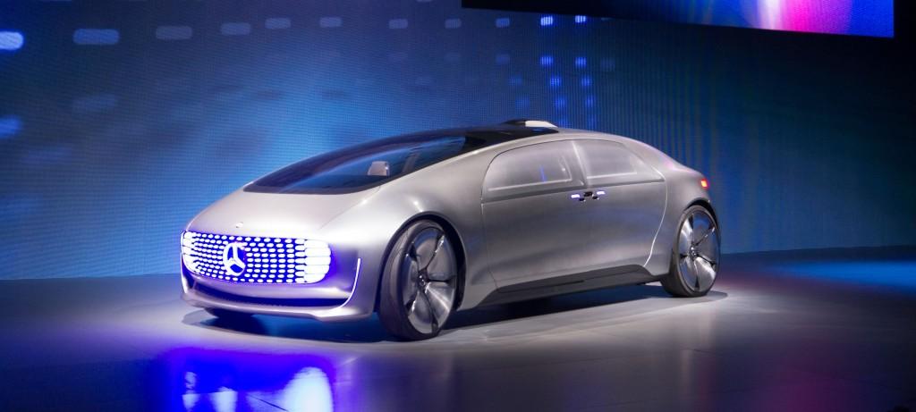 MercedesBenz presenteert met de F 015 Luxury in Motion
