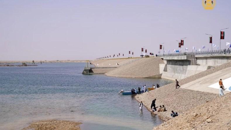 بند کمال خان با هدف کنترل آبهای شیرین و آبهای موسمی (سیلاب) در افغانستان ساخته شده است.