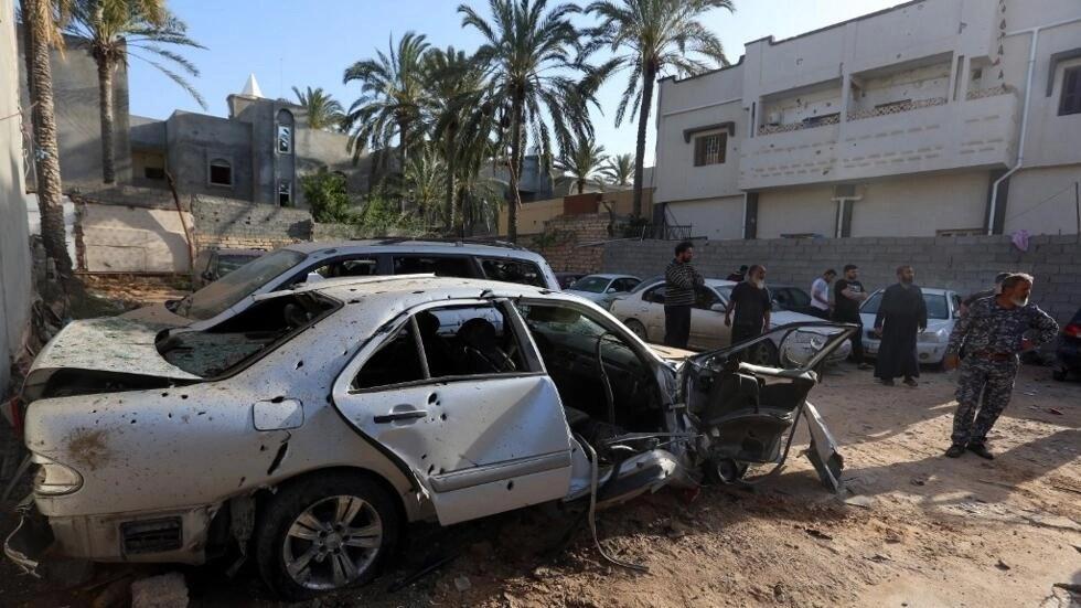Le site d'un bombardement dans un quartier résidentiel dans le nord de Tripoli, le 17 avril 2020.
