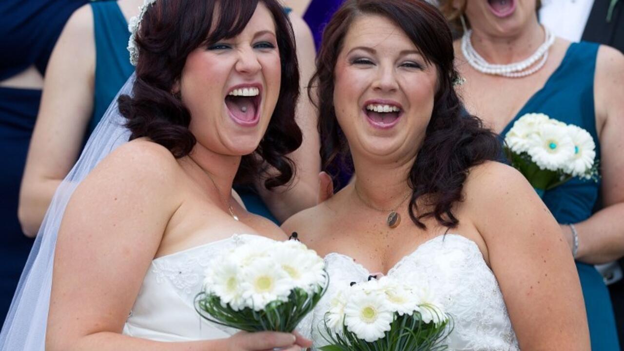 法國同性戀婚姻合法化三周年 成就25900對戀人