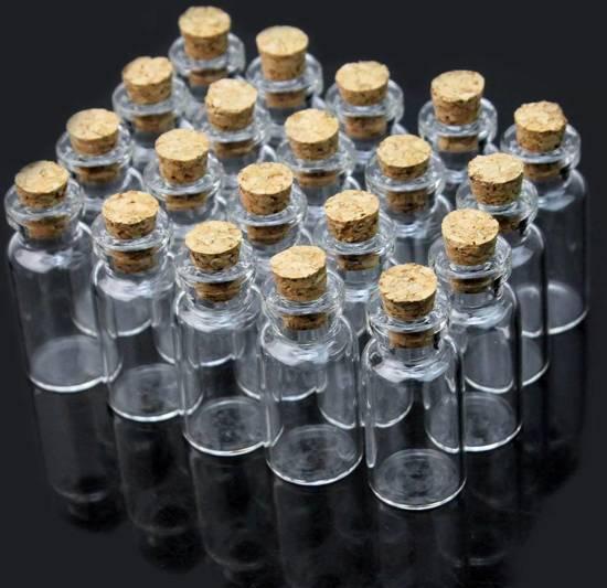 bolcom  Kleine glazen flesjes  20 mini flesjes met kurk