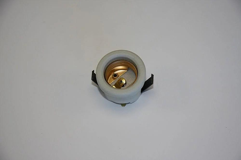 Range Light Socket
