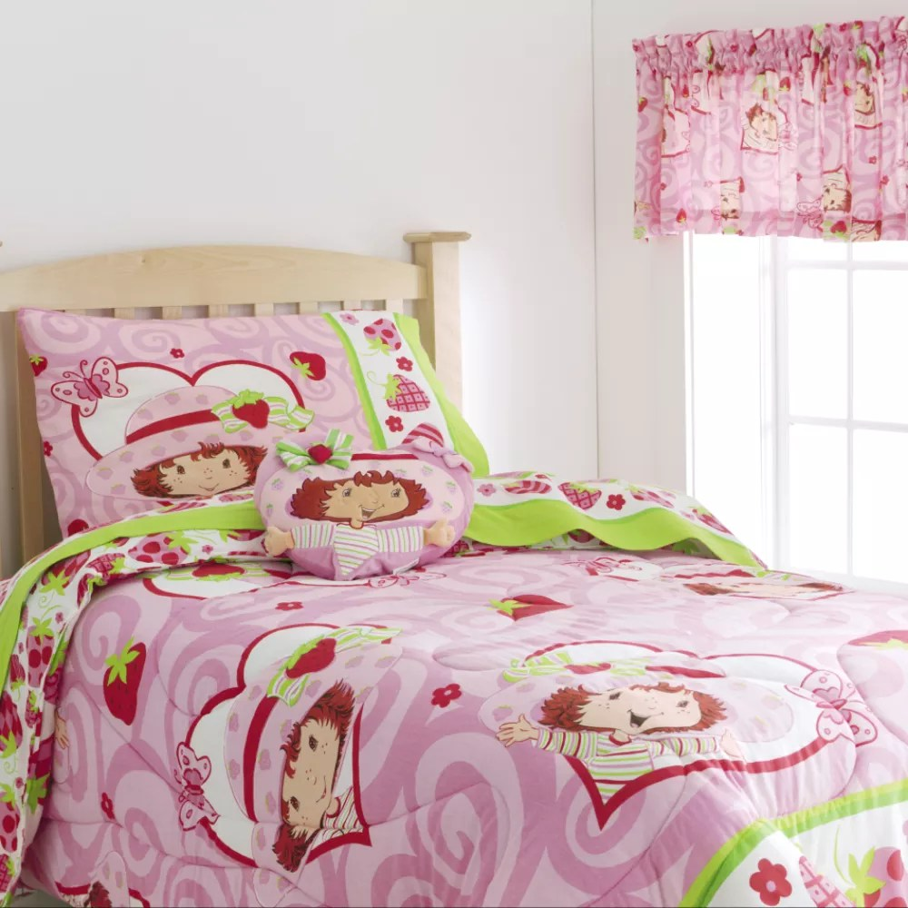 Strawberry Shortcake Twin Comforter Bed & Bath Kids