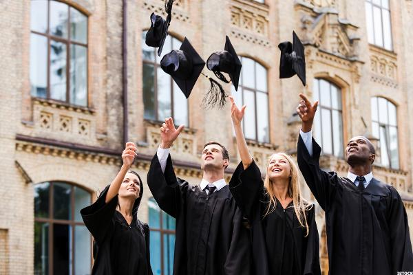 Subsidized vs Unsubsidized Student Loans Whats Best for You in 2019  TheStreet