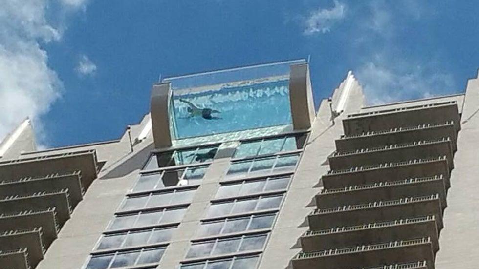 Glass Bottom Pool Houston : glass, bottom, houston, Glass-bottom, Hangs, Building, Videos, Weather, Channel, Weather.com