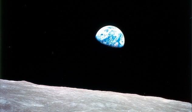 Apollo 8 Day 1968 Christmas Earthrise