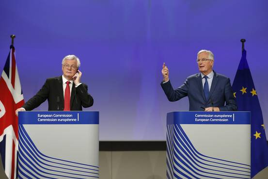 In Brexit Talks, the Risk of No Deal Looms Large BN VO389 BRUSSE G 20171012131125
