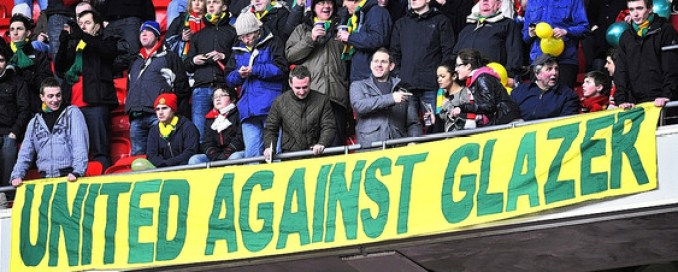 Manchester United Fans Protest Malcolm Glazer With New Colors - WSJ