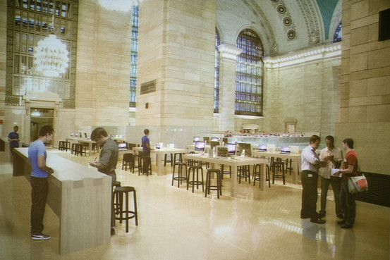 Rendering of the Apple Grand Central store proposal looking from the northeast balcony toward the east balcony.