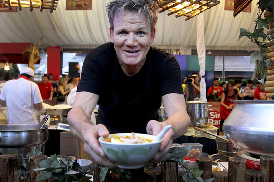 Gordon Ramsay Defeated by Singapore Hawkers  Scene Asia  WSJ