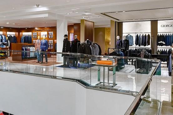 Men's Luxury Shops Lose Snob Appeal - WSJ