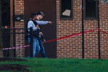 PHOTO: Police investigate on the 4400 block of South Hermitage Avenue near where an ATF agent was shot and critically injured in Chicago, May 4, 2018. (Chicago Tribune/TNS via Getty Images, FILE)