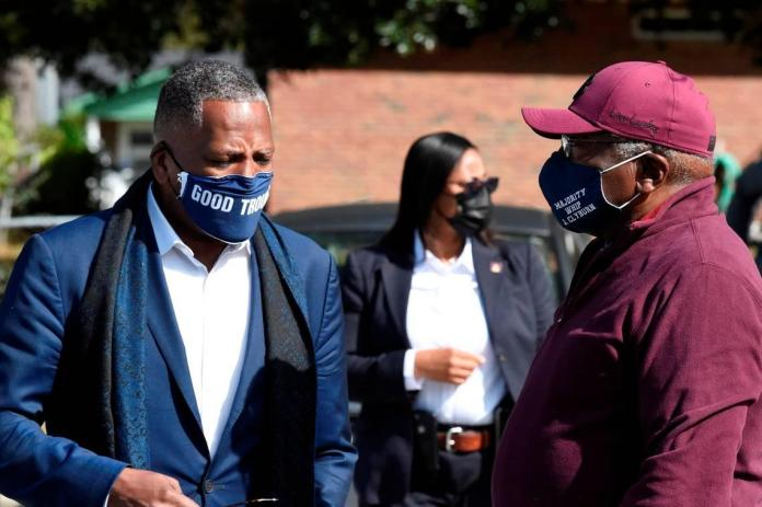 Columbia Mayor Benjamin 'leaning toward' letting city mask mandate expire this month
