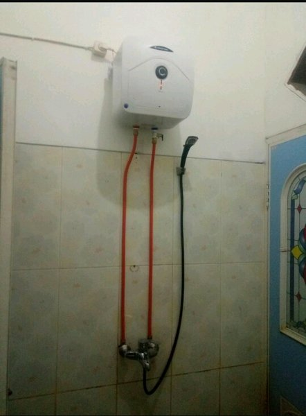 Perlengkapan Water Heater-tidak perlu bobok tembok-instalasi luar