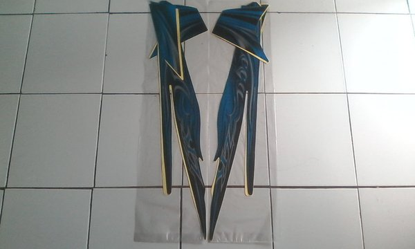 New stock Stiker Striping Motor Yamaha Vega ZR 2011 HitamBiru