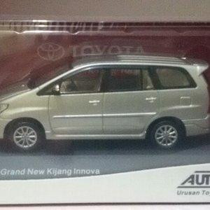 diecast grand new avanza harga mobil agya trd jual miniatur toyota rush sampanye auto 2000 baru ...