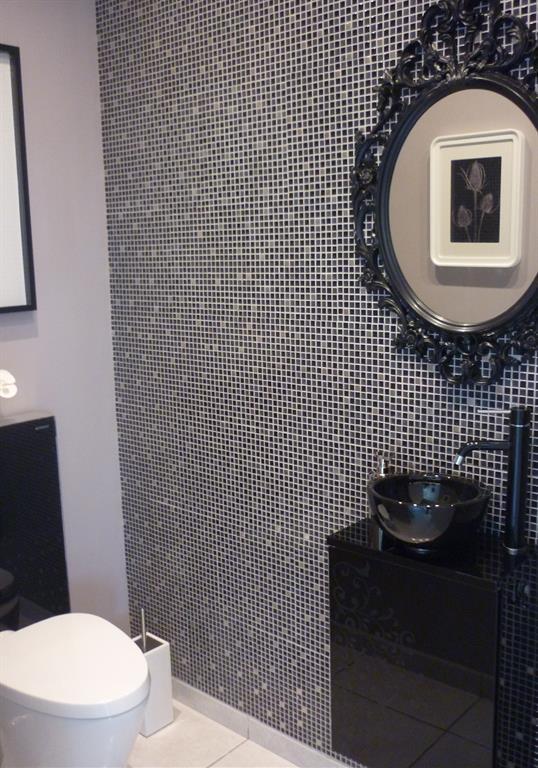 Mur en mosaique noire et grise Un Amour de Maison photo n38