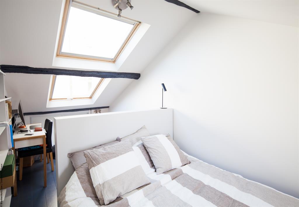 Petit duplex  lumire et ambiance moderne sous les toits
