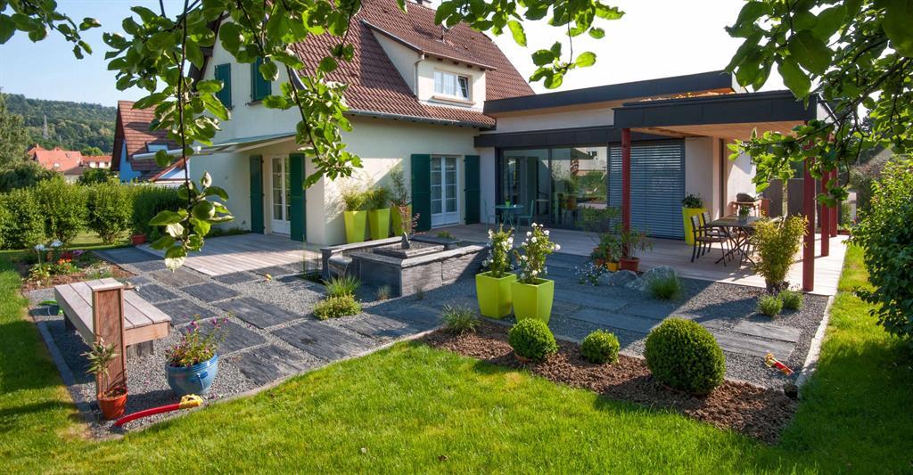 Terrasse Moderne Avec Piscine