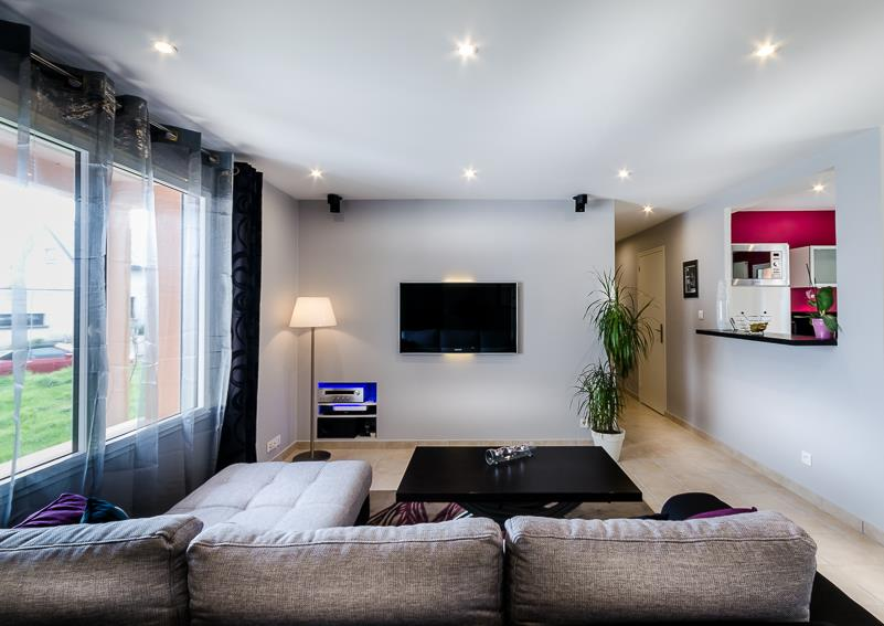 Modern Salon Design Interior