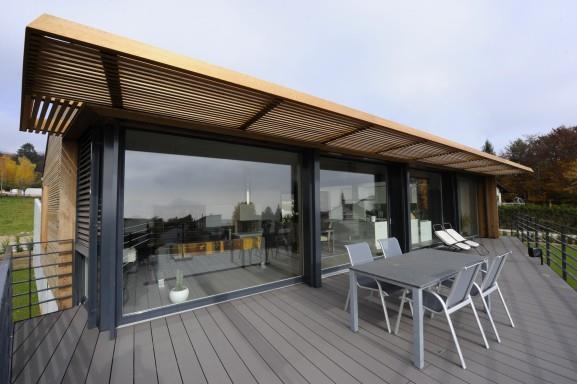 terrasse couverte design en bois
